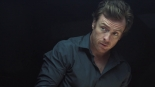 Maszyna: Vincent McCarthy (Toby Stephens).